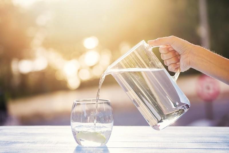 Nước ion kiềm cung cấp các chất cần thiết cho làn da