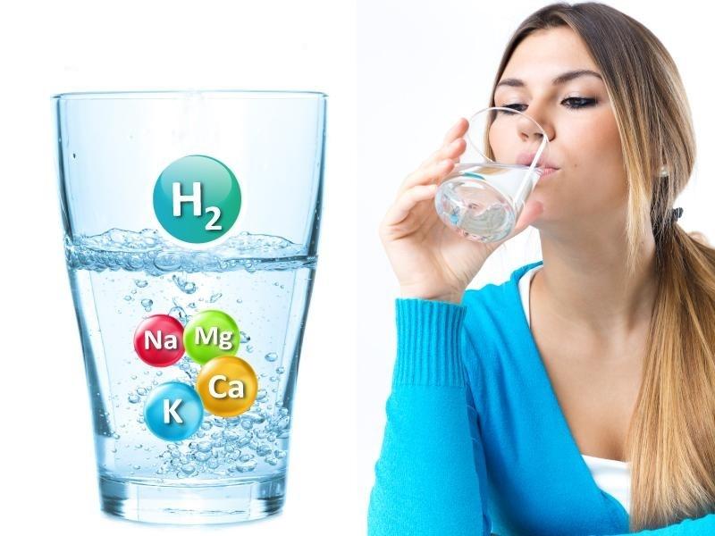 Nước kiềm có thể tăng cường hệ thống miễn dịch, giúp trung hòa nồng độ axit trong cơ thể, phòng ngừa các bệnh nguy hiểm.