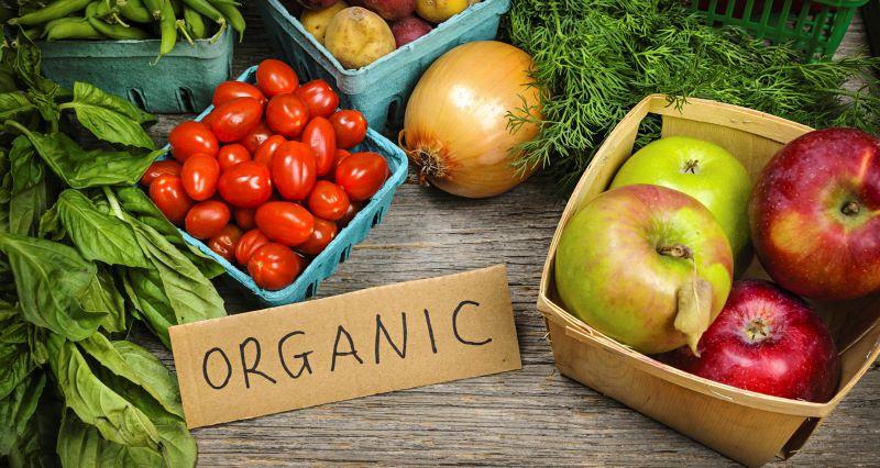 Thực phẩm sạch giàu vitamin và khoáng chất có tác dụng rất tốt trong việc cân bằng độ pH máu.