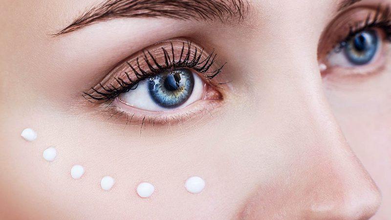 Nên lựa chọn kem chống lão hóa mắt phù hợp với độ tuổi