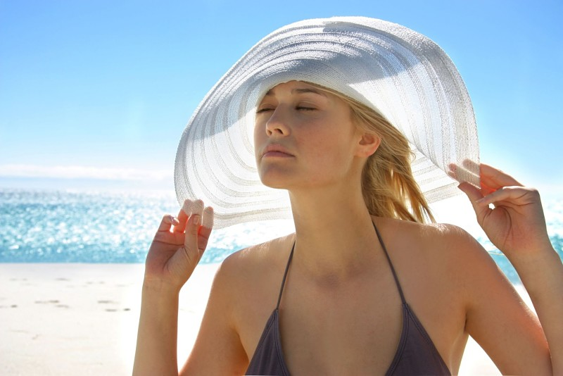 Tiếp xúc da dưới ánh nắng mặt trời là nguyên nhân phổ biến gây lão hóa da