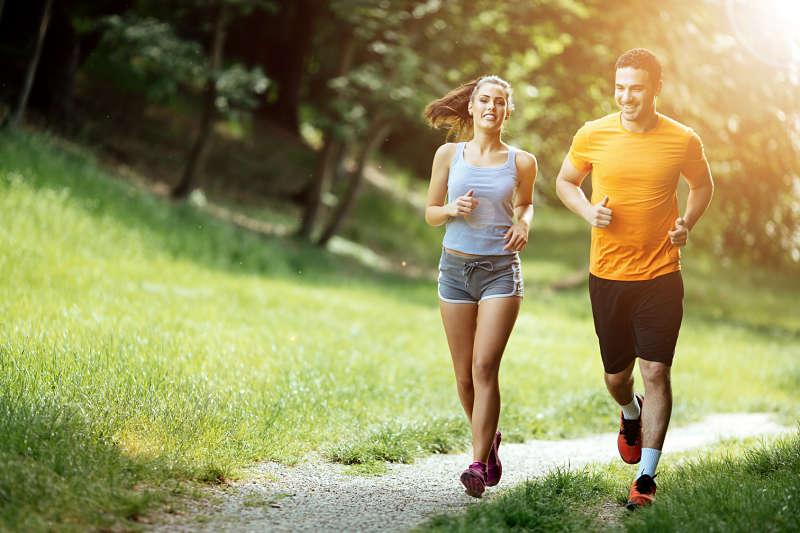 Tập thể thao mỗi ngày là cách giúp bạn đẩy lùi lão hóa ngược