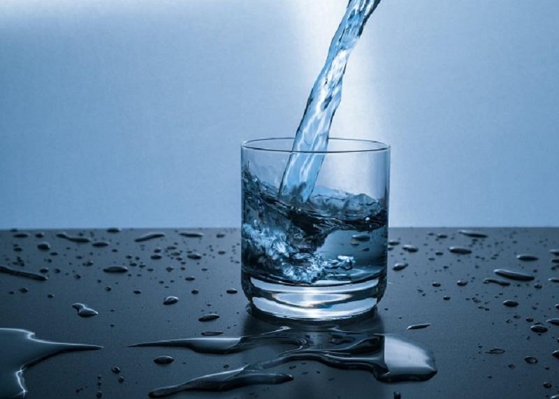 Trong thành phần của nước thường có chứa những khoáng chất tự nhiên