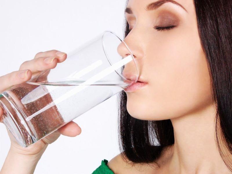 Độ pH của nước là chỉ số quan trọng để quyết định có nên uống hay không?