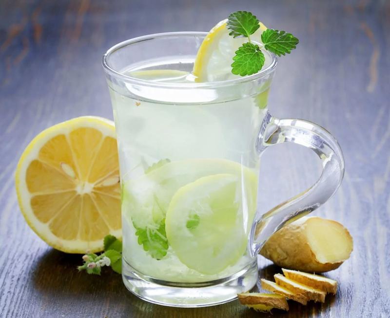 Có thể uống nước chanh muối để giải rượu tại nhà