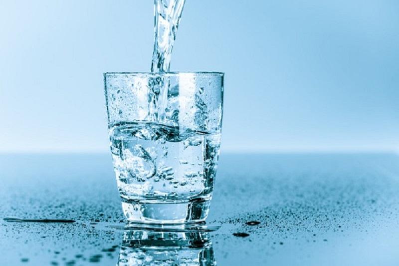 Việc dùng nước đóng chai không hề được khuyến khích