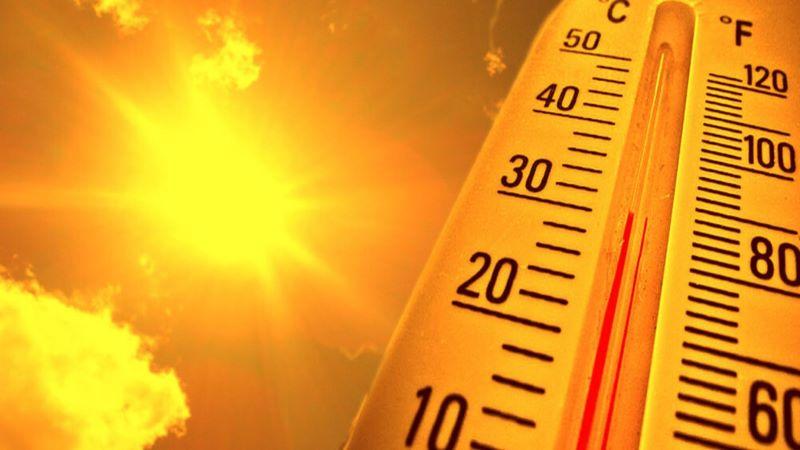 Tia UVA của mặt trời là nguyên nhân chính gây tổn hại đến da.