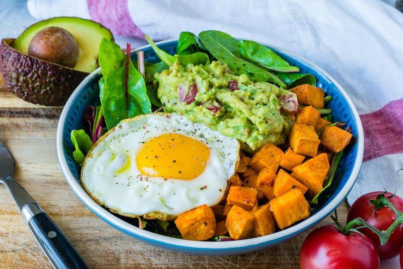 Cách trung hòa axit dạ dày hiệu quả là ăn uống healthy