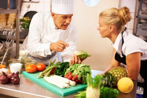 Việc ăn nhiều thực phẩm có tính axit sẽ gây nguy hại cho sức khỏe