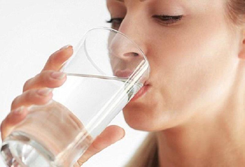 Hướng dẫn uống nước đúng cách để tốt cho sức khỏe