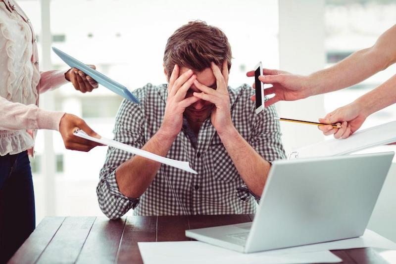 Căng thẳng mệt mỏi khiến hệ miễn dịch suy giảm nhanh chóng