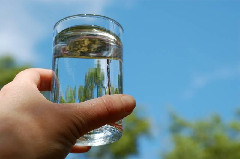 Máy lọc nước điện giải ion kiềm Cleansui EU301 tạo ra nguồn nước ion kiềm tốt cho sức khỏe