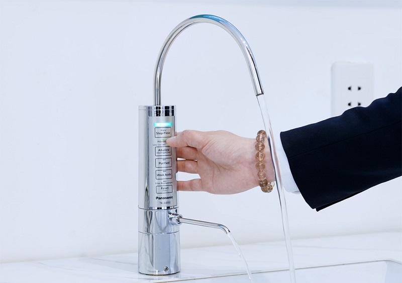 Máy lọc nước điện giải TK-AB50 có thiết kế nhỏ gọn