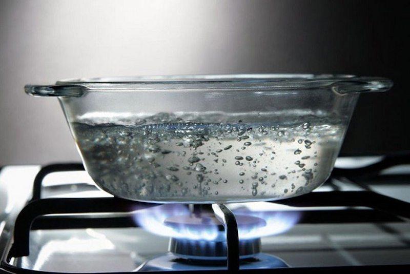 Dùng nhiệt là cách làm mềm nước đơn giản nhất