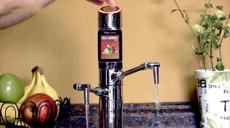 Hệ thống điều chỉnh chế độ nước ngay trên thân vòi