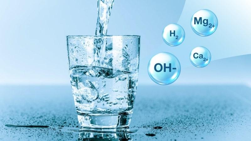Máy tạo ra 7 loại nước đa chức năng với dải pH rộng từ ~2.5 - 11.5
